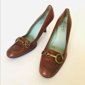 Coach heels. Cognac color